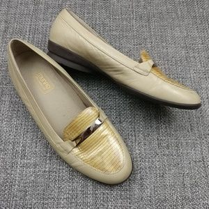 Munro American Reptile Buckle Loafers 9W